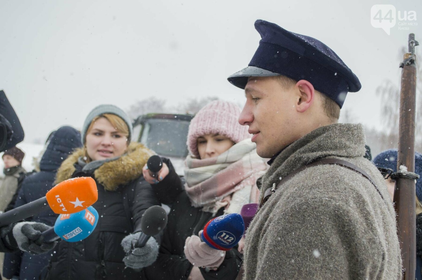 Под Киевом снимают новый украинский фильм, яркие закулисные фото, фото-4