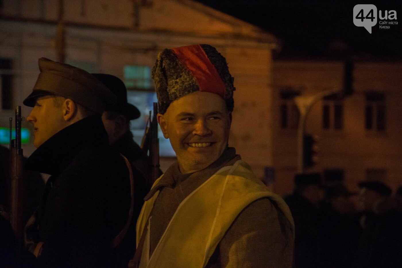 В Киеве провели реконструкцию боя за завод Арсенал (ФОТОРЕПОРТАЖ), фото-12
