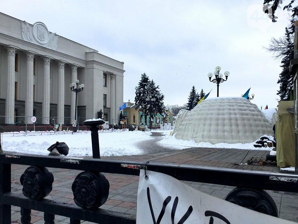 Киев так и не встал. Палаточный городок Саакашвили сегодня был безлюдным (ФОТО), фото-5