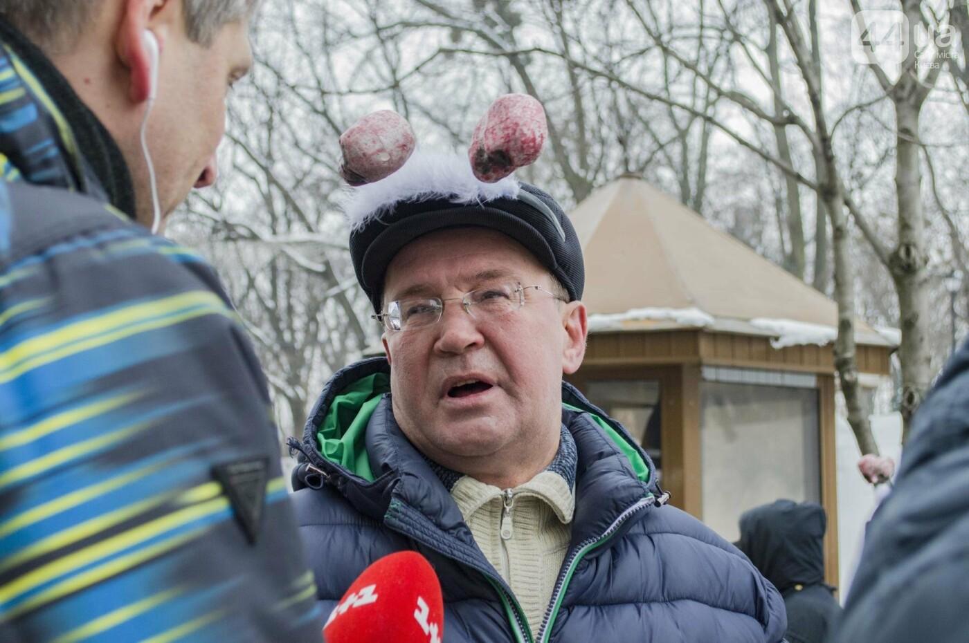 В центре Киева прошла необычная акция в поддержку улиток: как это было, фото-11