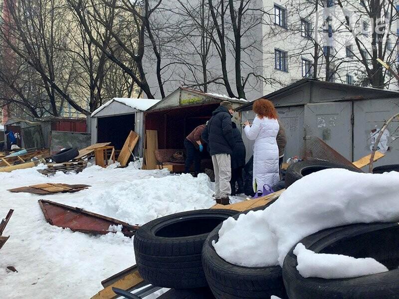 «Тут все было в крови. Вернулись титушки и закидали ее снегом», - очевидцы о столкновении на Татарке, фото-1