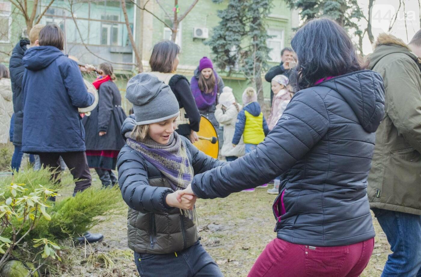 Бумажные птицы, танцы и вкусности: как в Киеве отметили праздник весны  , фото-8