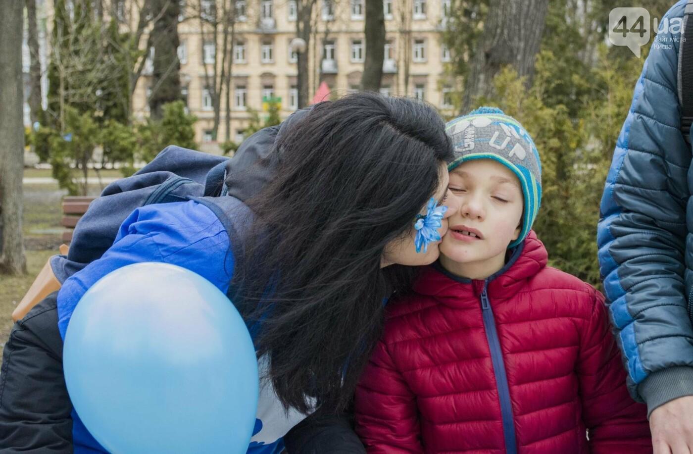 """""""Мы вместе"""": в Киеве прошла акция в поддержку детей и взрослых с аутизмом, фото-8"""