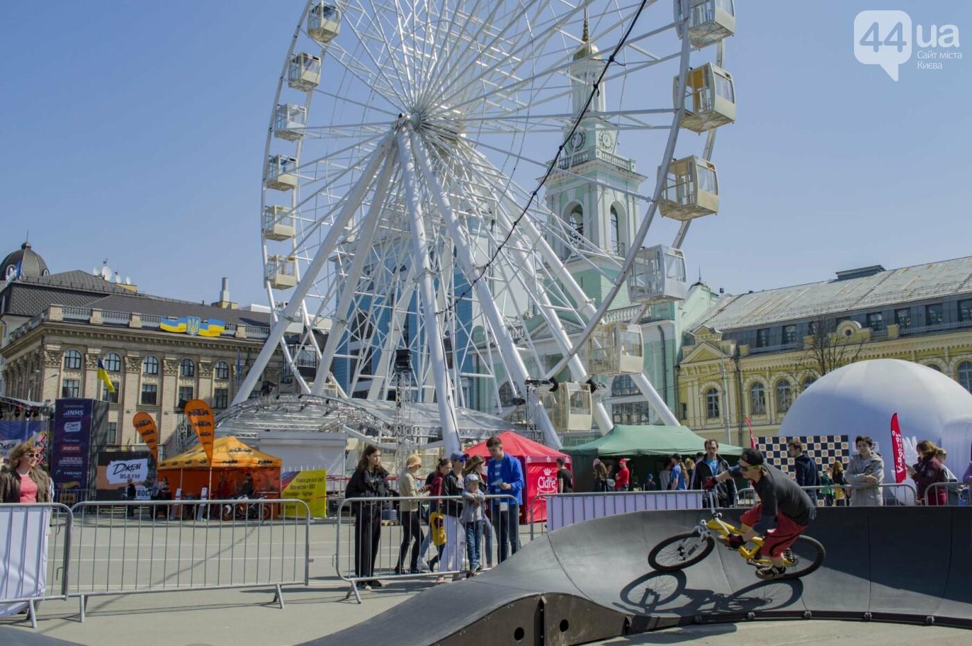 Мотогонки, автошоу патрульных и мощный дрифт: на Подоле проходит масштабный фестиваль драйва, фото-20