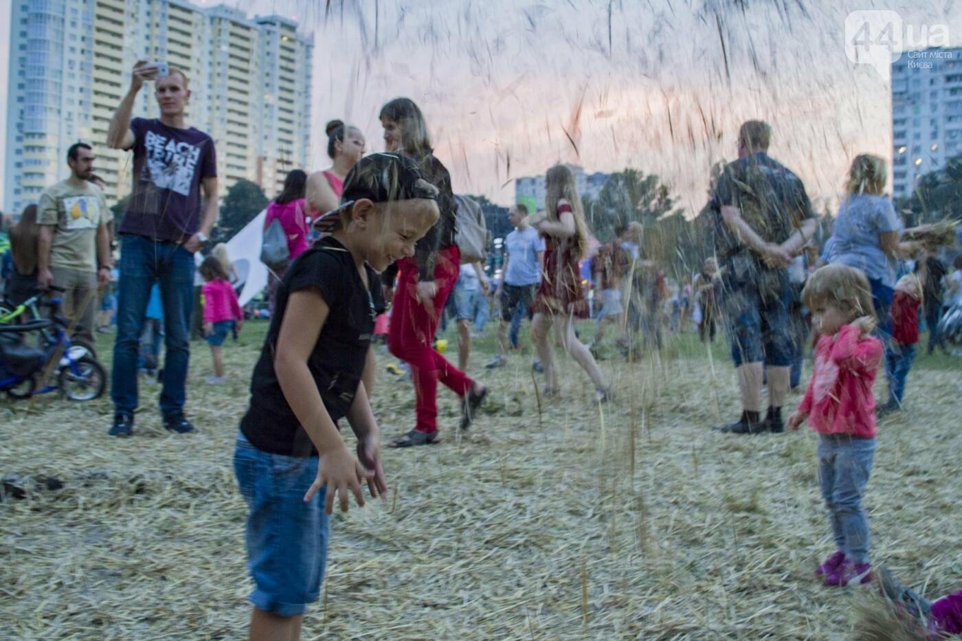 """Взрывные """"MOZGI"""", патриотичный Ярмак и воздушный шар: как в Киеве отгремел первый SolomaFest, фото-10"""