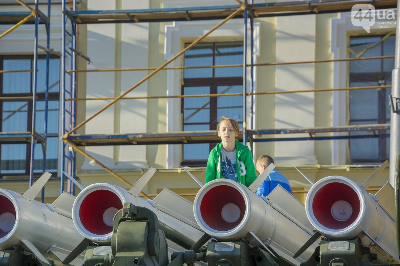 В Киеве открылась масштабная выставка военной техники – ФОТОРЕПОРТАЖ, фото-13