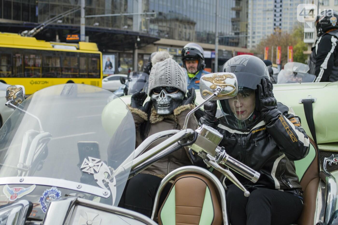 """От Бэтмена до ведьм: как """"нечисть"""" разъезжала на мотоциклах по центру Киева, фото-16"""