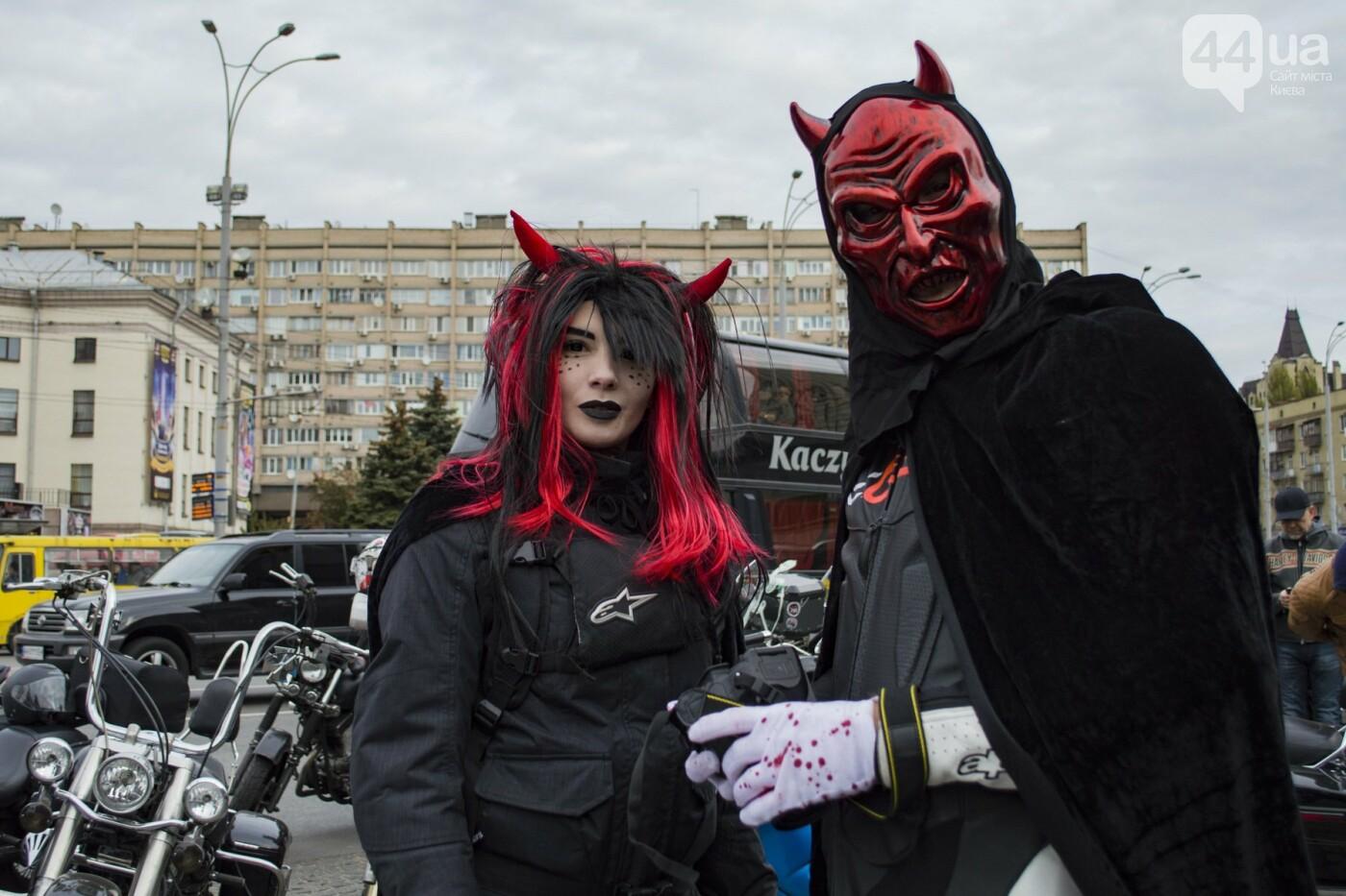 """От Бэтмена до ведьм: как """"нечисть"""" разъезжала на мотоциклах по центру Киева, фото-15"""