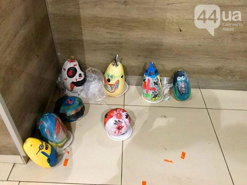 Хеллоуин в столичном ТРЦ: киевляне выстроились в очередь за метлами и шляпами, - ФОТО, ВИДЕО, фото-4