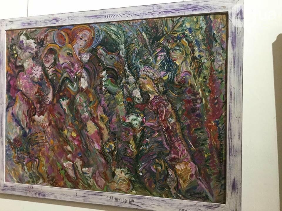 От котиков до драконов: в Киеве открылась художественная выставка «Мгновения красоты», - ФОТО, ВИДЕО, фото-8