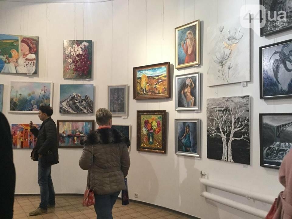 От котиков до драконов: в Киеве открылась художественная выставка «Мгновения красоты», - ФОТО, ВИДЕО, фото-10