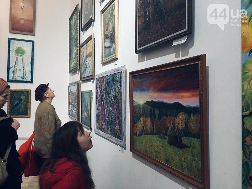 От котиков до драконов: в Киеве открылась художественная выставка «Мгновения красоты», - ФОТО, ВИДЕО, фото-12