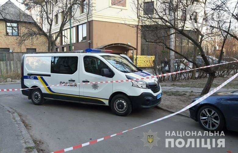 В Киеве из окна 10-го этажа выпал 14-летний парень, - ФОТО, фото-2