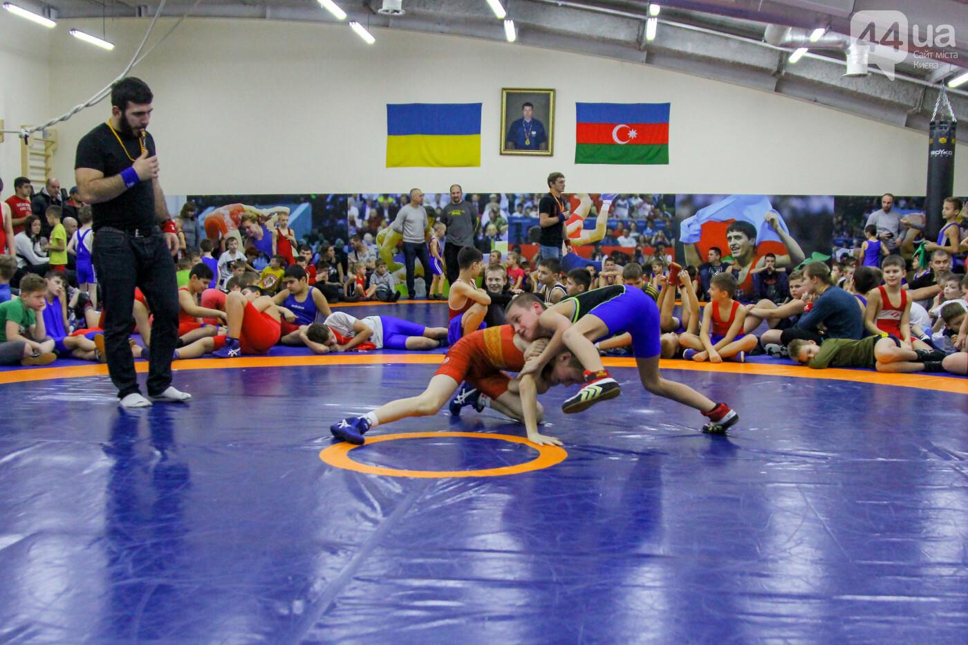 В ТРЦ Dream Town прошло первенство клуба спортивной борьбы «Бакинец», фото-2
