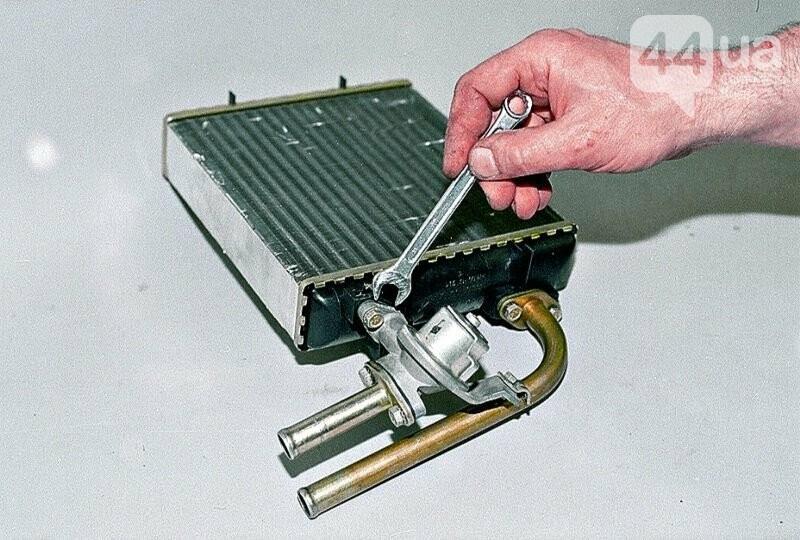 Замена радиатора печки и ее особенности, стоит ли осуществлять ее самостоятельно, фото-2