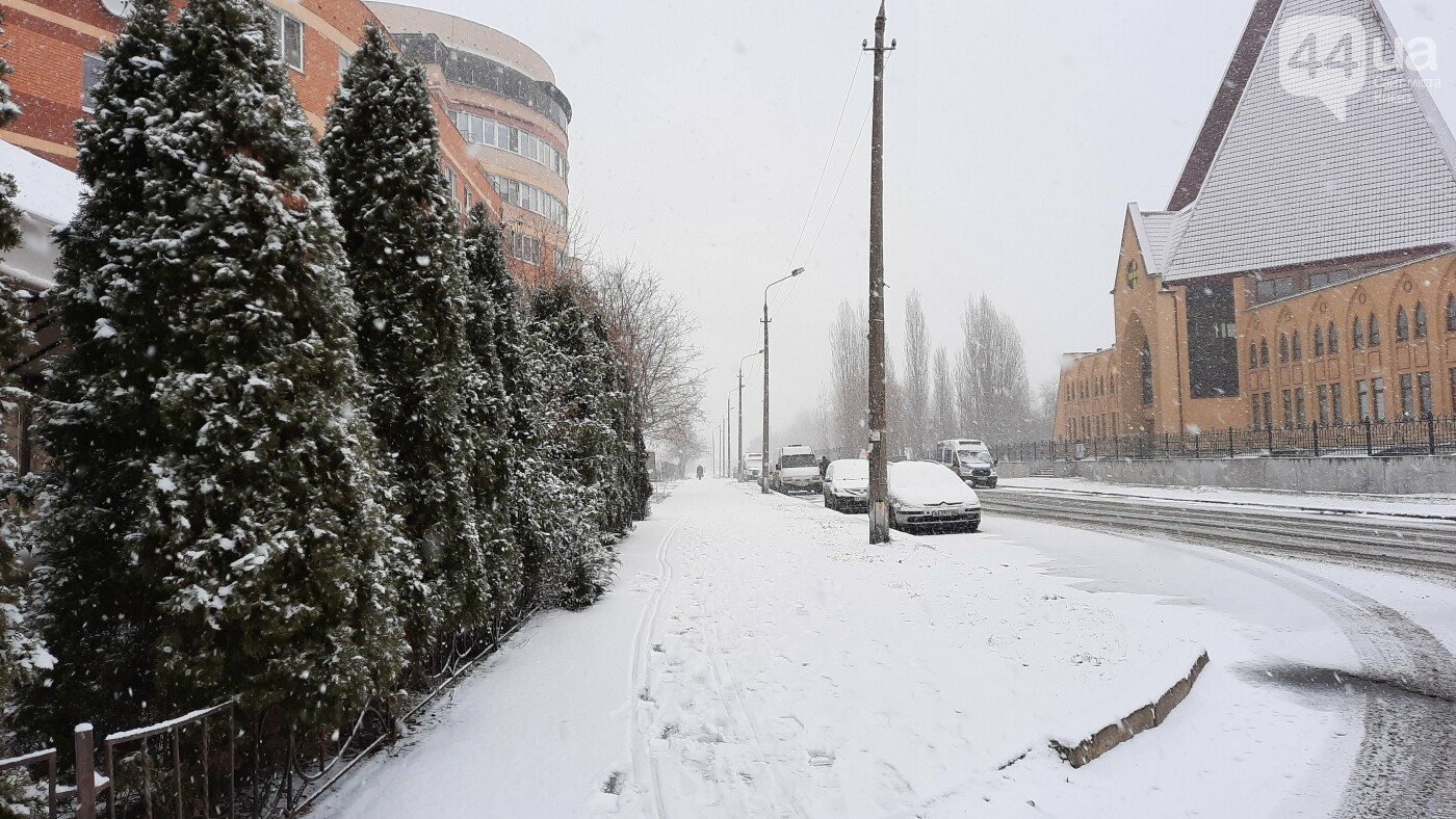 В Киеве начался снегопад. Какая ситуация на дорогах, ФОТО, фото-5