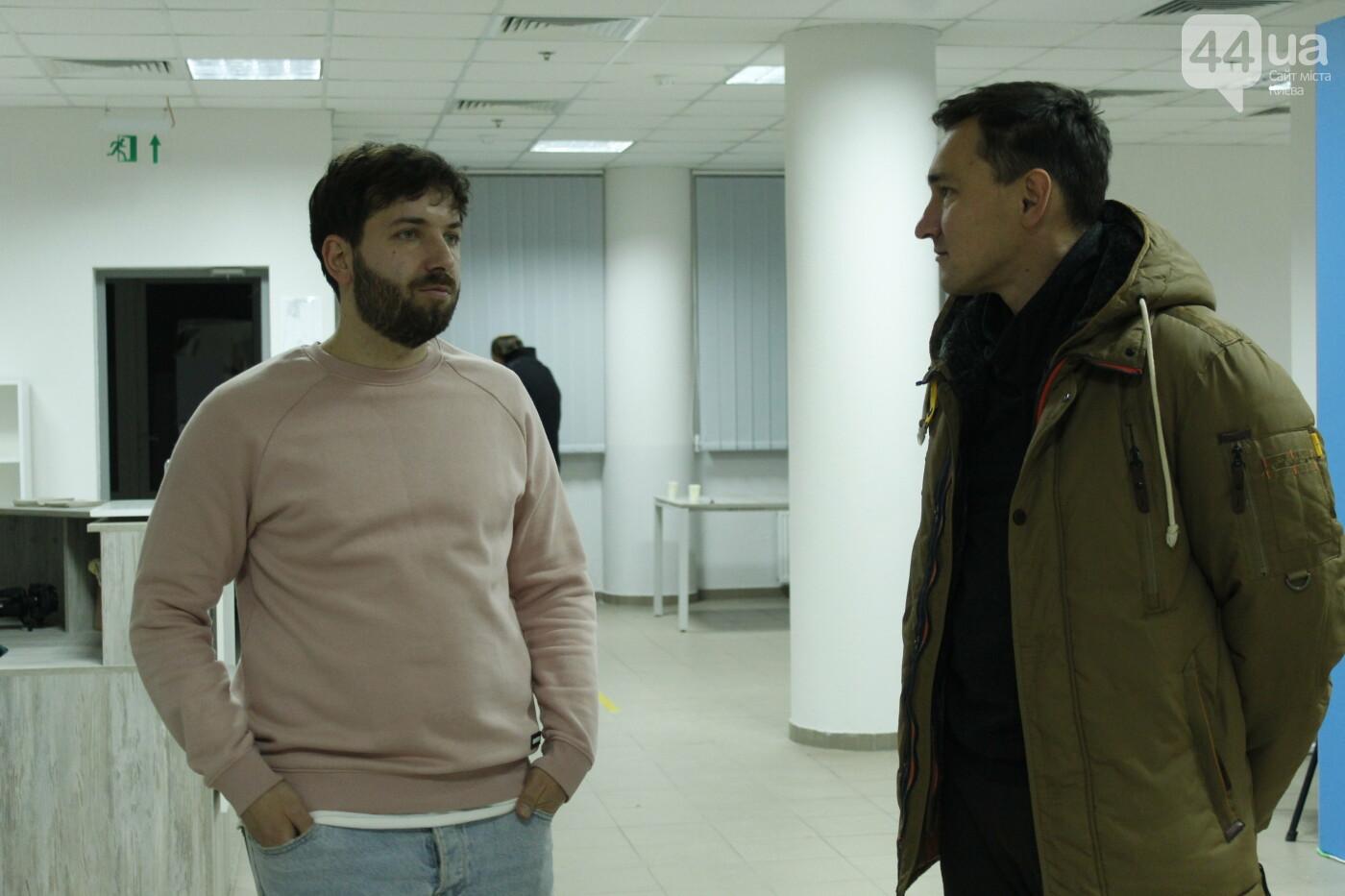 """Богдан Свиридов, выставка """"Загублені в часі"""", 44.ua"""