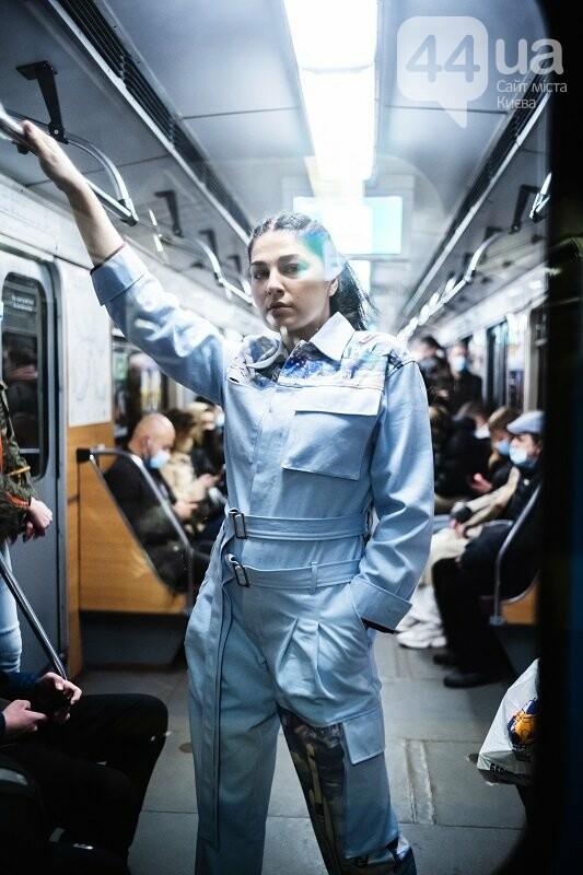 Alyona Alyona, Олексій Гладушевський та Влад Іваненко спустилися в метро, щоб показати мистецтво, фото-8