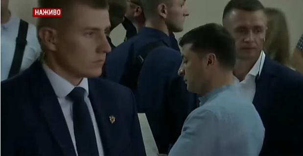 Владимир Зеленский и его супруга проголосовали на участке в Оболонском районе, - ВИДЕО