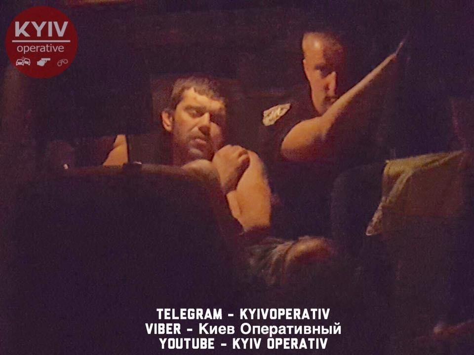 В Киеве пьяный водитель сбил двух детей, фото-1