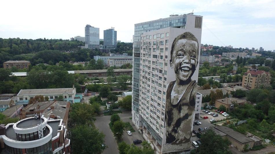В Киеве появился новый мурал (ФОТО), фото-1