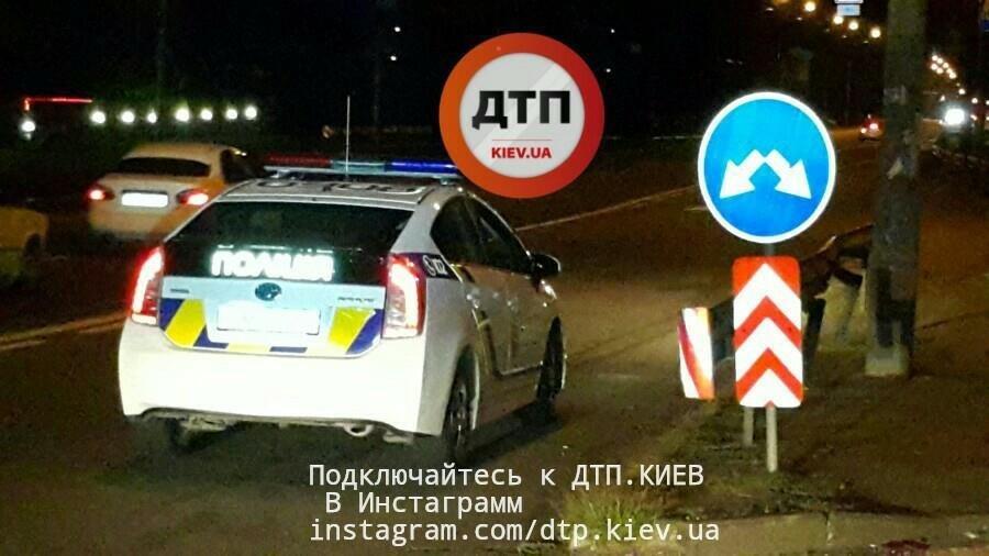 В Киеве пешехода сбили две легковушки (ФОТО), фото-2