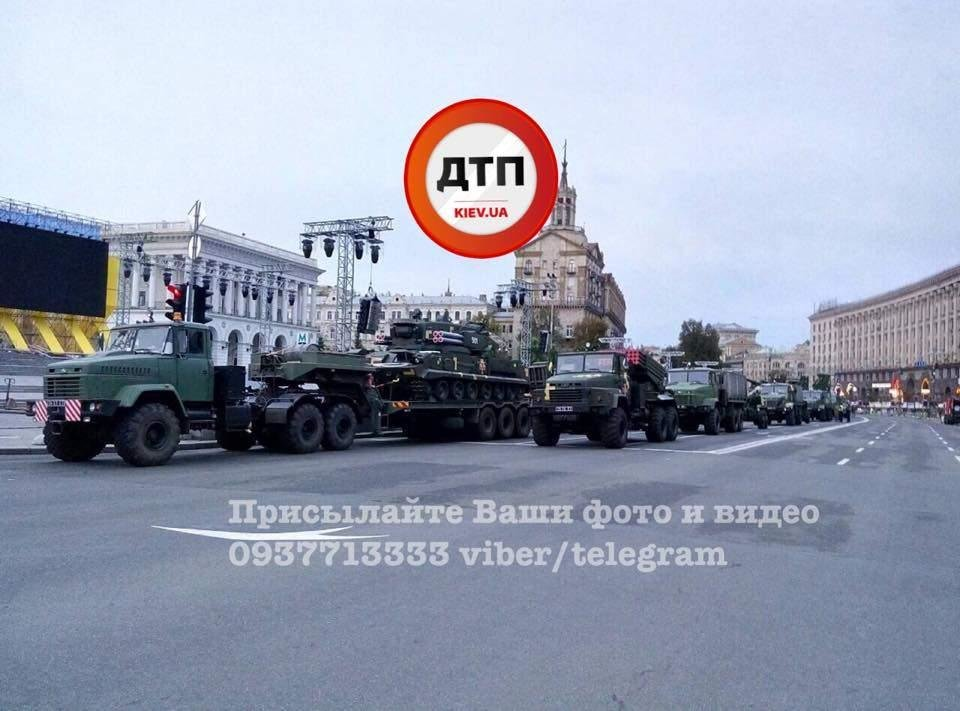 На Крещатик свозят военную технику (ФОТО), фото-5