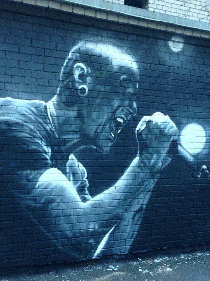 В Киеве создали мурал с покойным вокалистом Linkin Park, фото-1