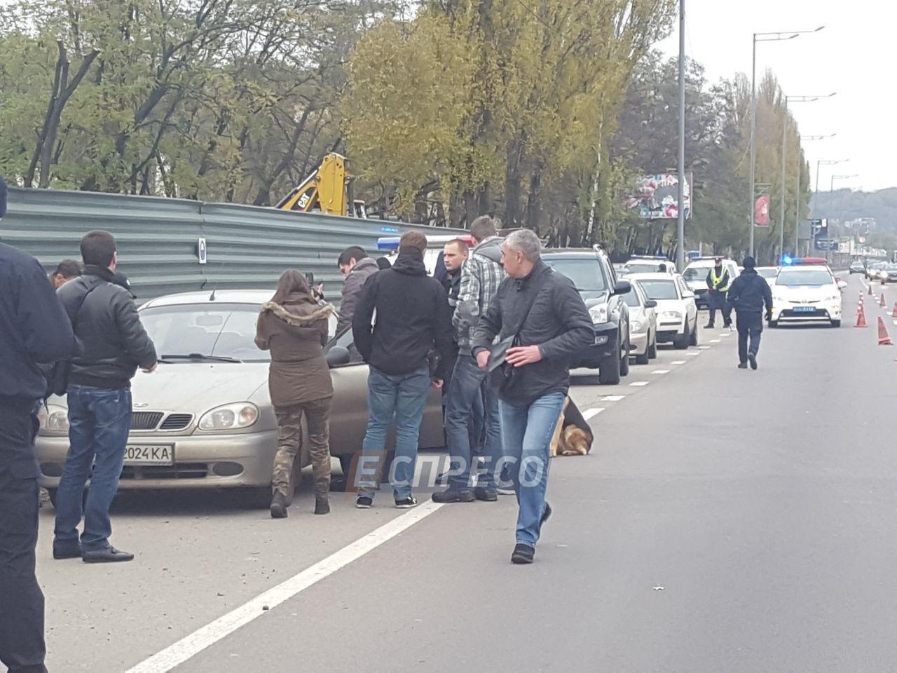 В Киеве в машине нашли бездыханное тело мужчины (ФОТО), фото-4