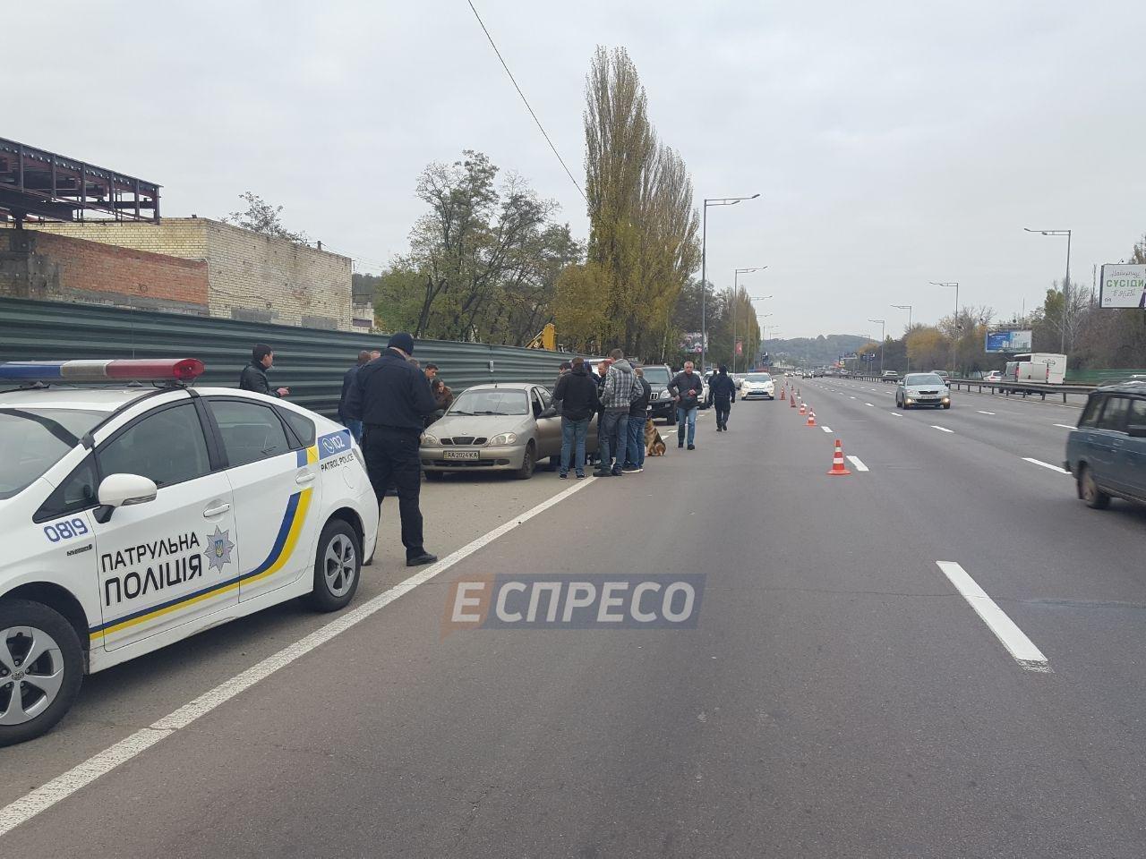 В Киеве в машине нашли бездыханное тело мужчины (ФОТО), фото-3