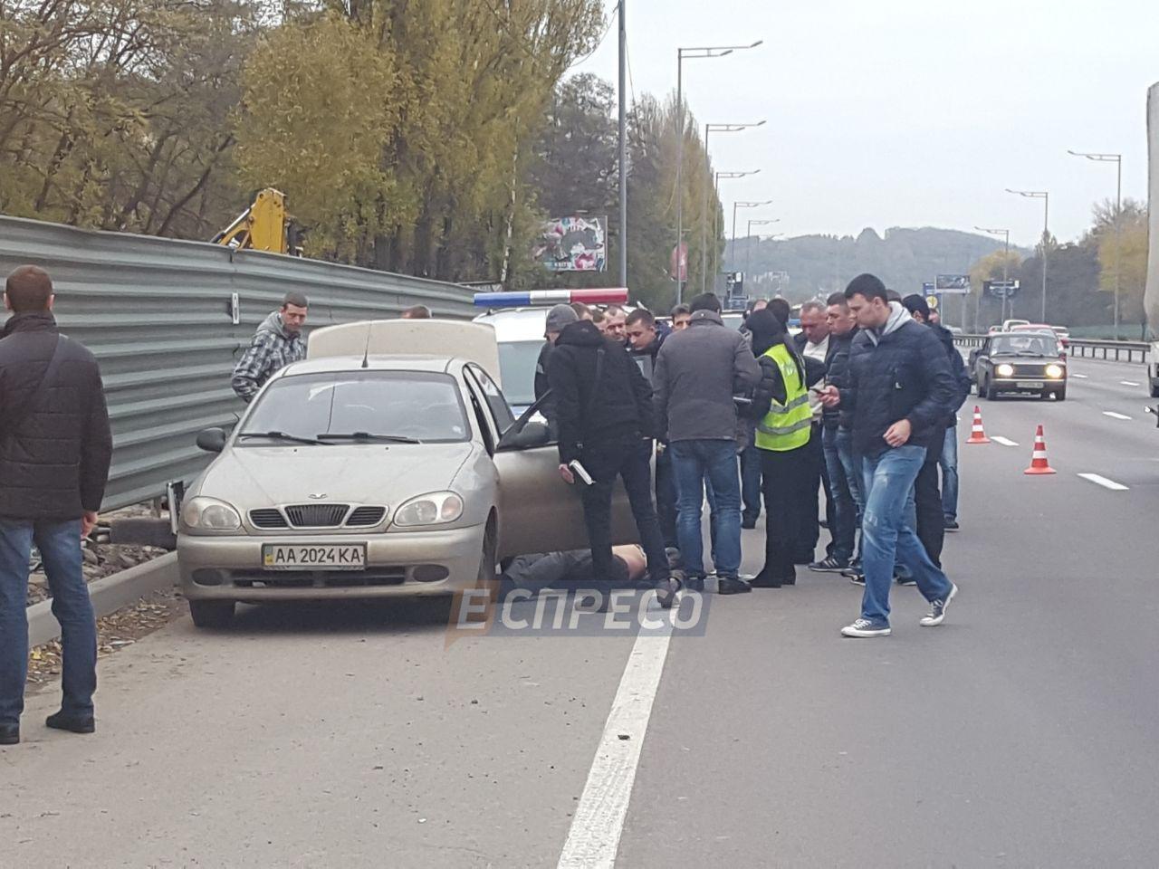 В Киеве в машине нашли бездыханное тело мужчины (ФОТО), фото-1