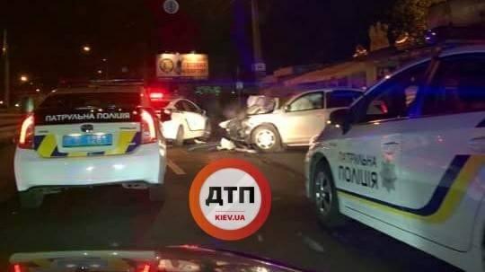 В Киеве пьяные подростки на авто врезались в грузовик (ФОТО), фото-2