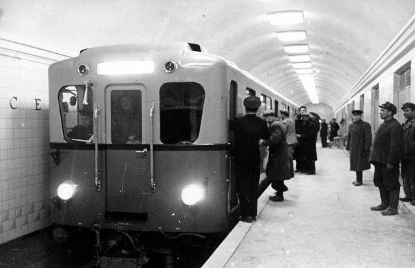 День в истории: первая линия Киевского метро (ФОТО), фото-8