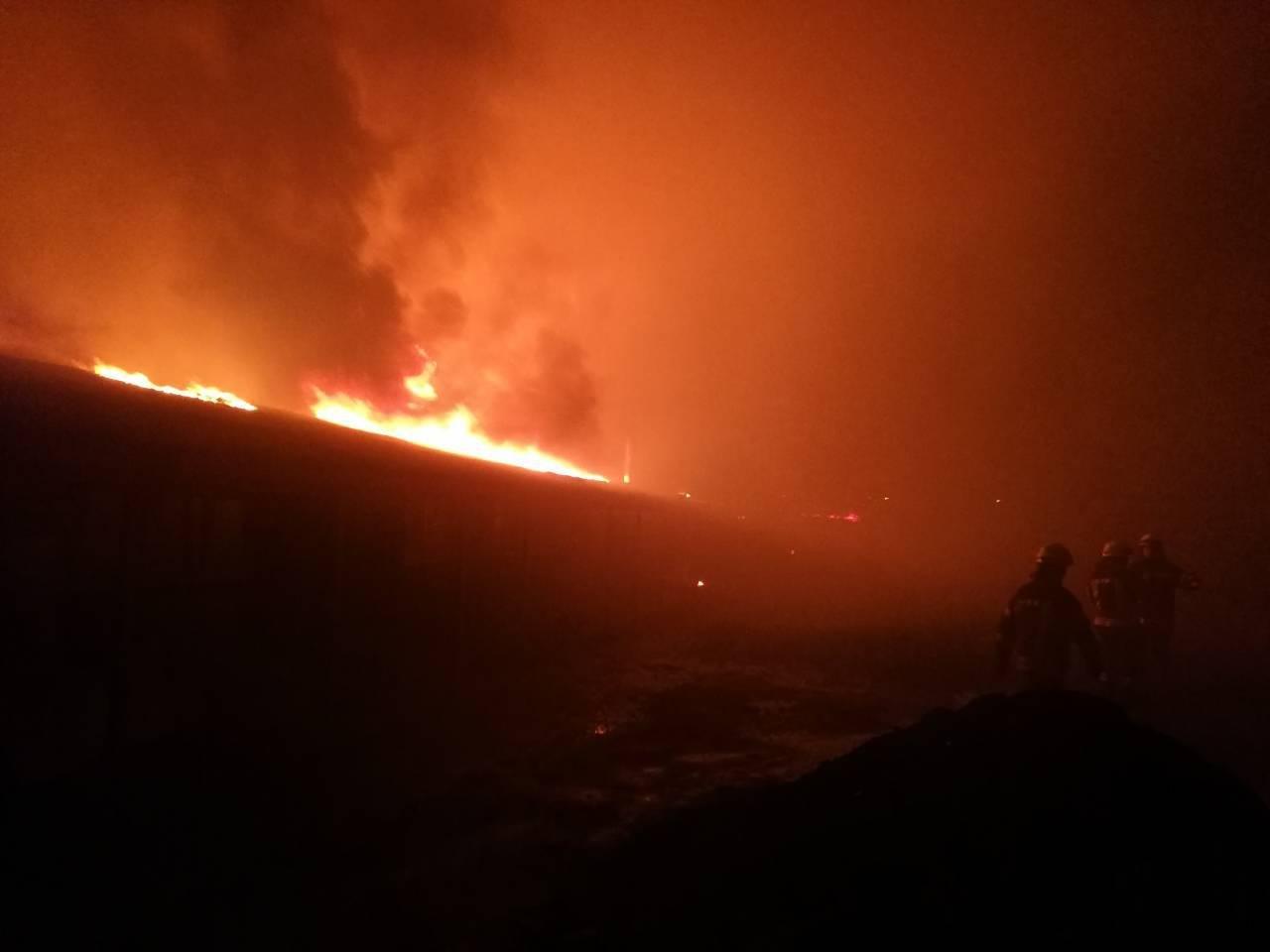 На Киевщине сгорел цех по производству биотоплива (ФОТО), фото-3