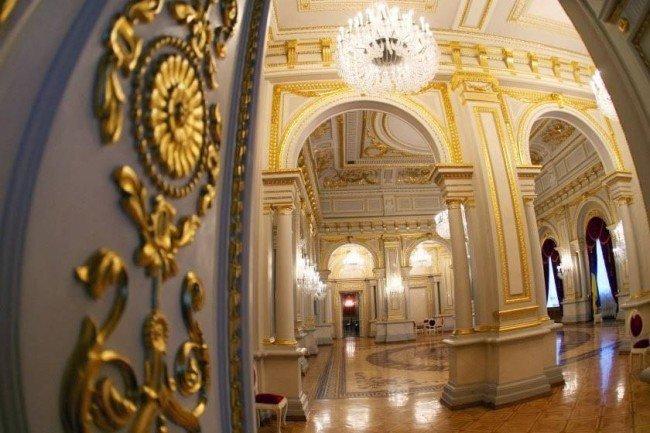 День в истории: в Киеве построили Мариинский дворец и нашли кокаиновый куст, фото-14
