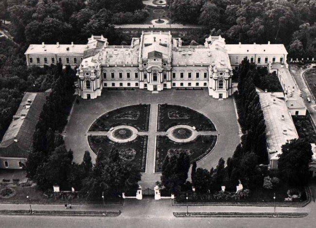 День в истории: в Киеве построили Мариинский дворец и нашли кокаиновый куст, фото-6