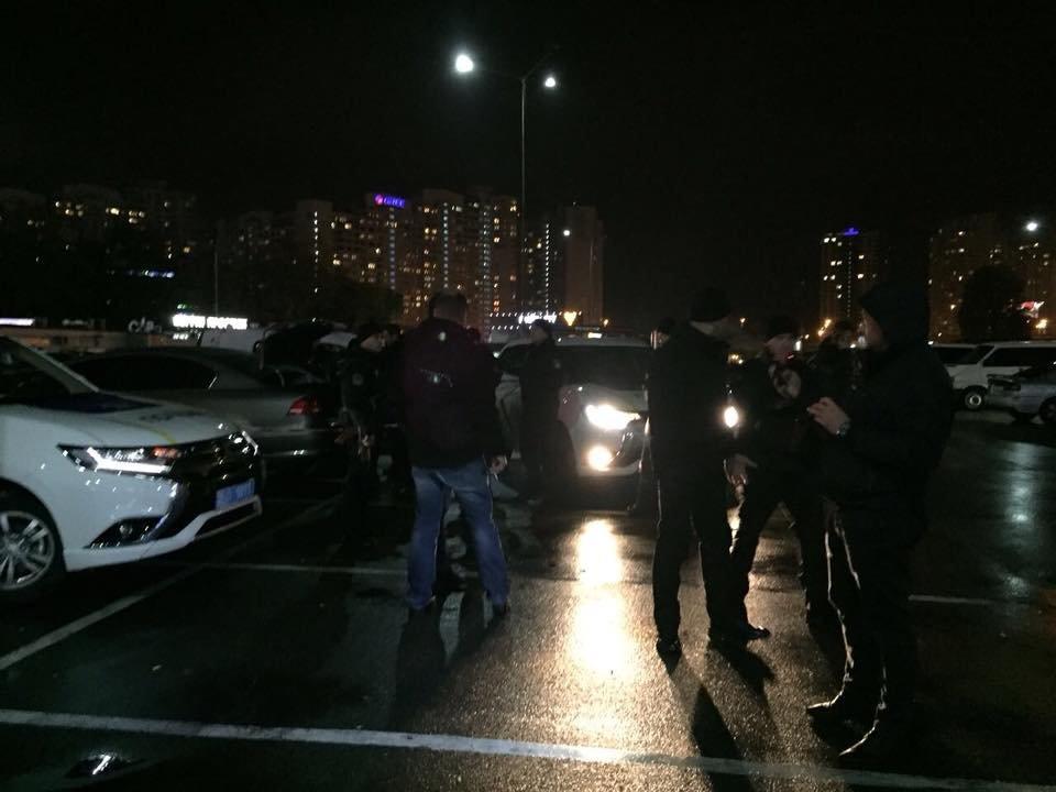 Из-за найденной в Киеве взрывчатки полиция усилила меры безопасности (ФОТО), фото-1