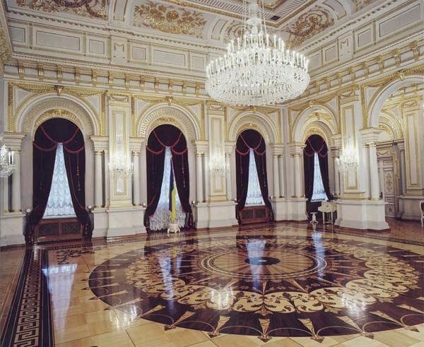 День в истории: в Киеве построили Мариинский дворец и нашли кокаиновый куст, фото-11