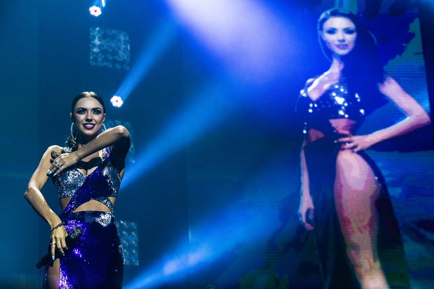 Аншлаг, фейерверки и признание в любви: в Киеве прошел единственный концерт группы НЕАНГЕЛЫ, фото-4