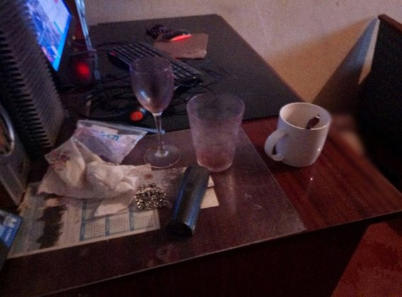 С ножом в груди: в Киеве нашли мертвой 15-летнюю девушку (ФОТО, ВИДЕО), фото-4