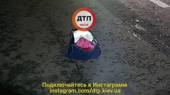 Под Киевом фура раздавила пешехода, фото-1