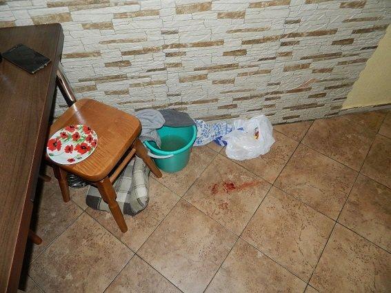 В Киеве пьяная женщина пырнула ножом сожителя (ФОТО), фото-2