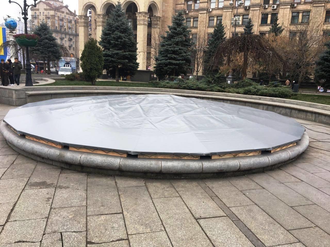 Фонтаны на Майдане подготовили к зиме (ФОТО), фото-3