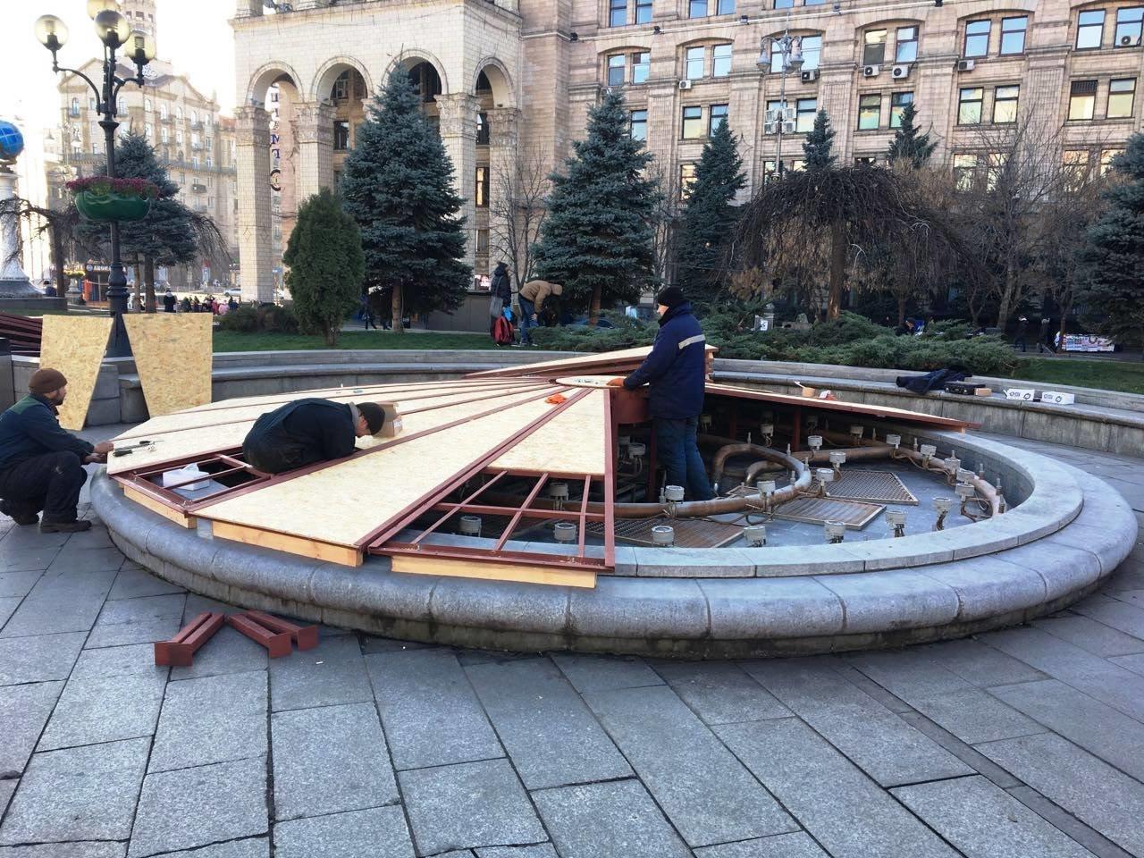 Фонтаны на Майдане подготовили к зиме (ФОТО), фото-4