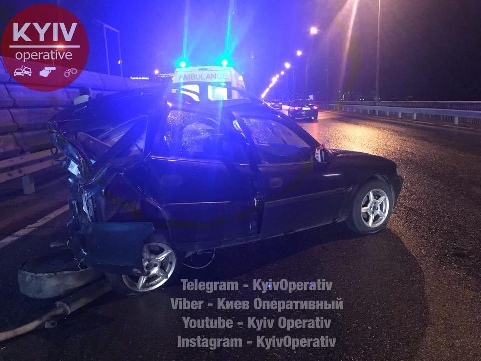 Смертельное ДТП на Южном мосту: авто отбросило на 30 метров (ФОТО), фото-3