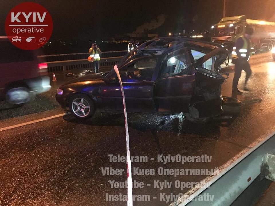 Смертельное ДТП на Южном мосту: авто отбросило на 30 метров (ФОТО), фото-6