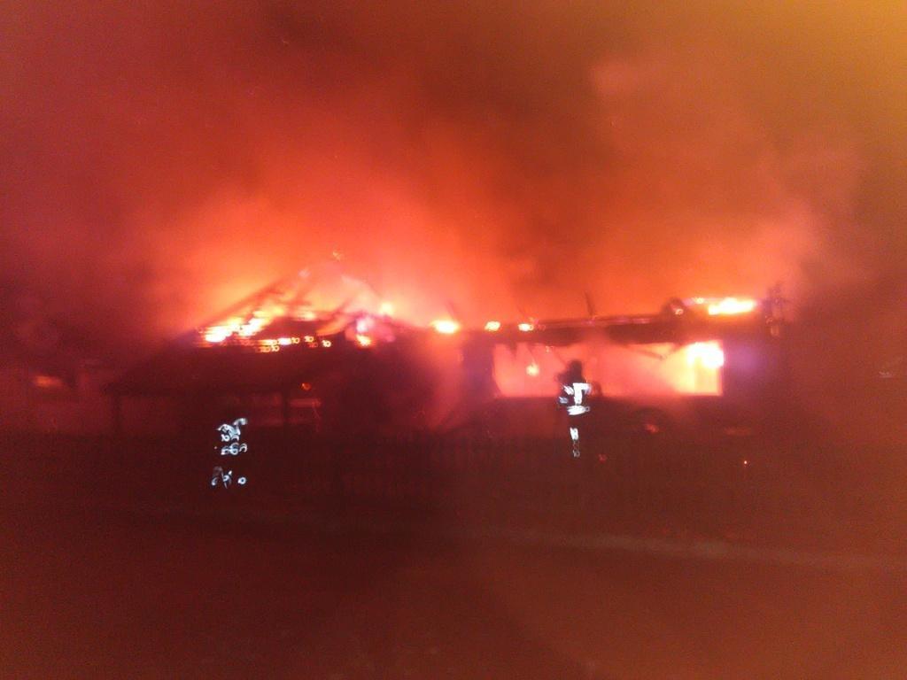 Под Киевом дотла сгорело кафе (ФОТО), фото-1