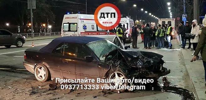 В Киеве произошло серьезное ДТП, 5 пострадавших (ФОТО), фото-1