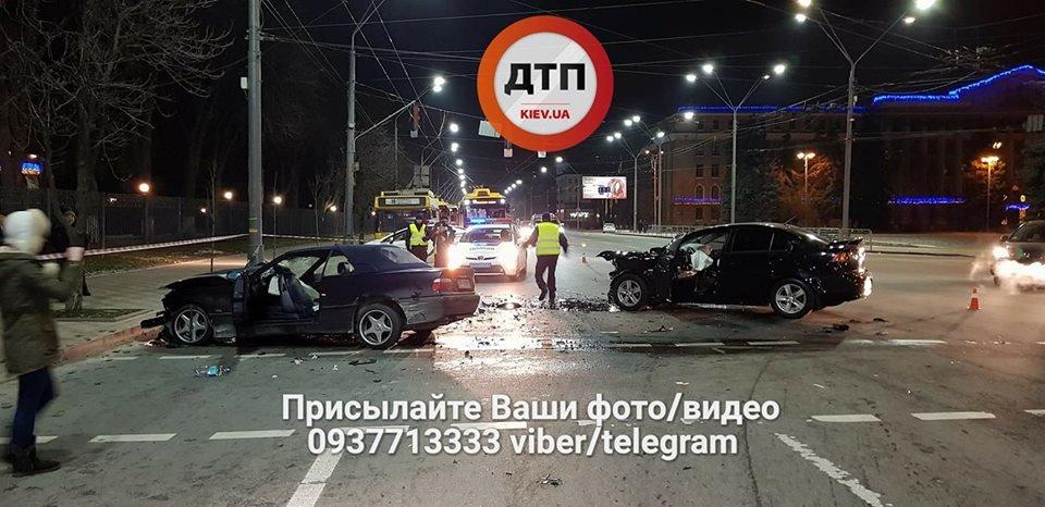 В Киеве произошло серьезное ДТП, 5 пострадавших (ФОТО), фото-3