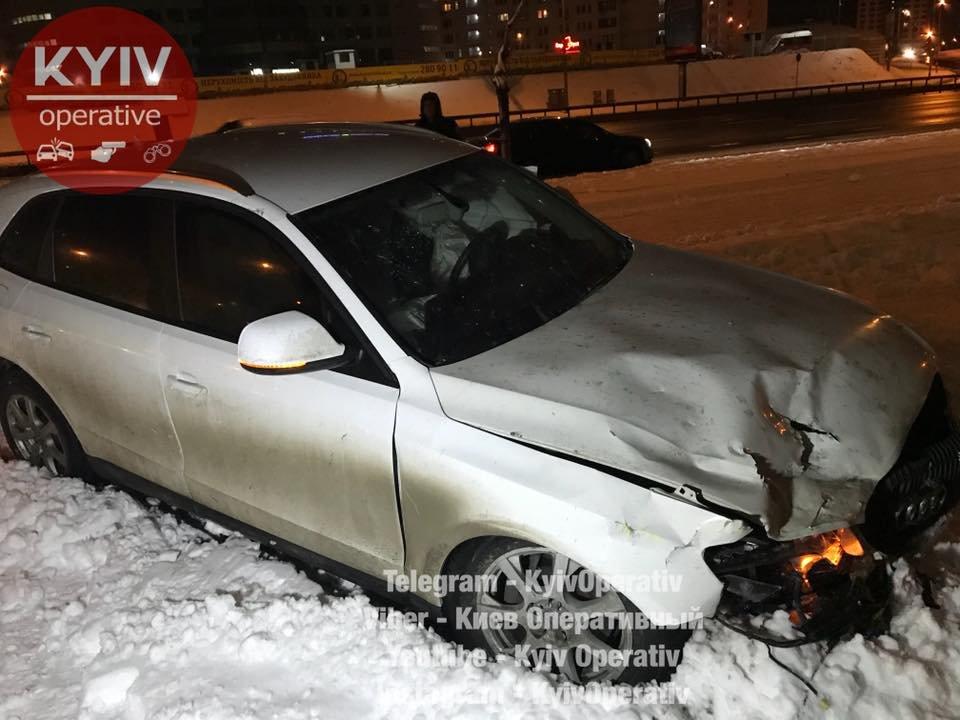 В Киеве Audi догнал Daewoo: водитель в тяжелом состоянии (ФОТО), фото-1